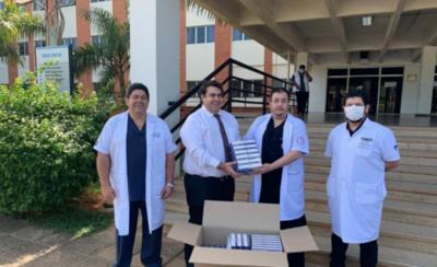 HOY / Presidente de APF hace donativo de medicamentos a IPS y Clínicas