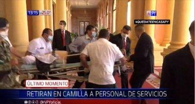 Funcionario se descompensó en Palacio de López
