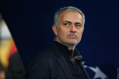 Tottenham advierte a Mourinho y los jugadores