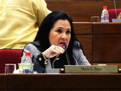 Bajac se atornilla y senadores analizan expulsión vía Zoom