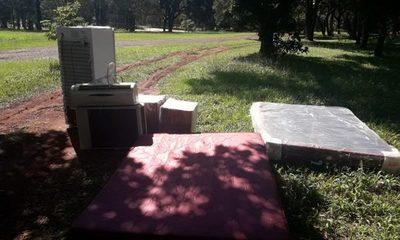 Objetos robados fueron hallados en el patio de la seccional Nº 1
