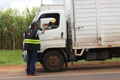 Para evitar trampas, Salud Pública, Fiscalía y Dinatran vigilarán a camiones cargueros