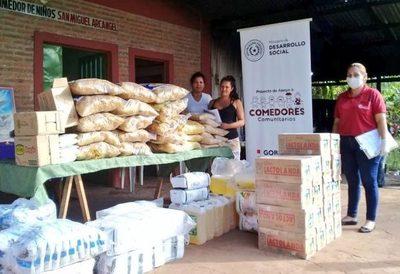 Ministerio de Desarrollo entrega víveres a comedores comunitarios