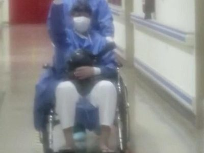 «Gracias a todos»,»ganamos» dice paciente al pasar a sala común en IPS de CDE