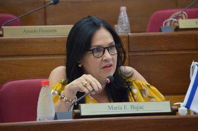 """Senado tratará el martes """"online"""" la pérdida de investidura de María Eugenia Bajac"""
