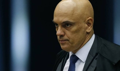 HOY / Ministro prohíbe a Bolsonaro revocar decisiones de estados y municipios respecto al aislamiento