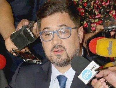 Fiscalía rapai pide ratificar la libertad de Horacio Cartes