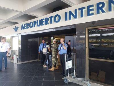 Aeropuertos seguirán con medidas de restricción