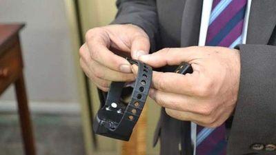 Plantean uso de pulseras electrónicas en pacientes con COVID-19 positivo