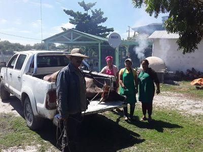 Donación de carne vacuna y ollas populares en la lejana Bahía Negra