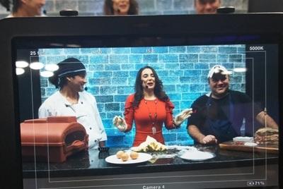 Vivi Figueredo hizo chipas en televisión