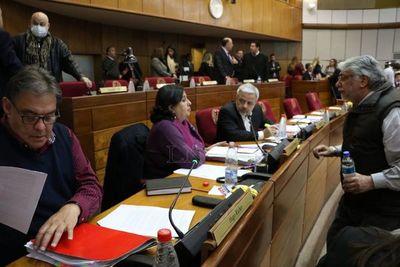 Senadores del FG dieron negativo al COVID-19