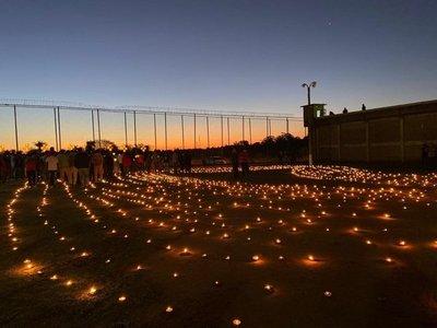 Reclusos fabrican velas y recrean Tañarandy en cárcel de Misiones
