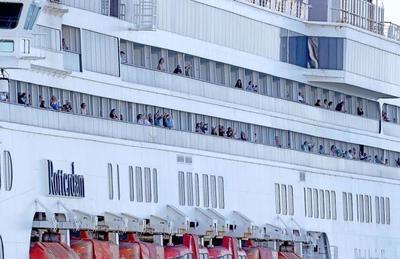 Un argentino a bordo del Rotterdam presenta habeas corpus para volver a casa