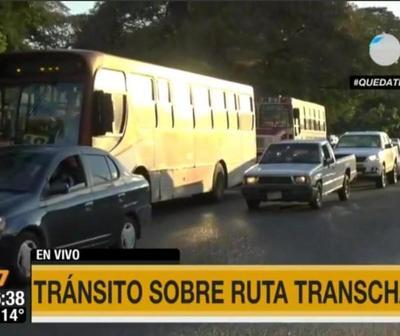 Continúa el intenso tráfico en la zona de la Transchaco