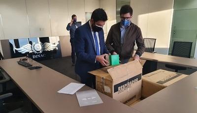 Fiscalía realizó cinco allanamientos en el caso de la compra de tapabocas de la Dinac
