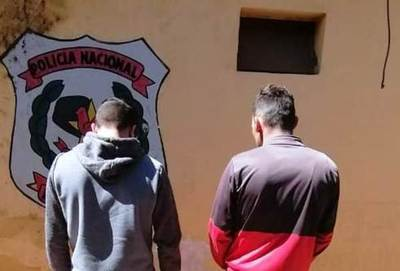 Lince detiene a dos motoqueiros en Luque •