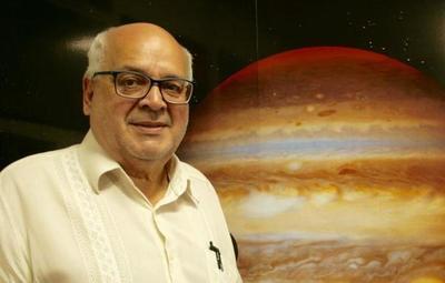 Falleció el reconocido astrónomo Blas Servín