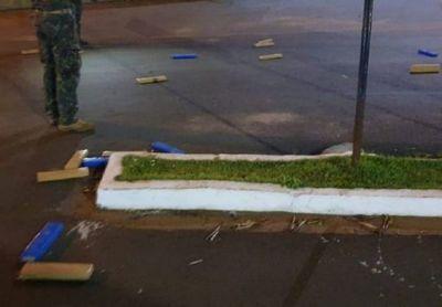 Desconocidos atropellan barrera e ingresan droga a Ponta Porá