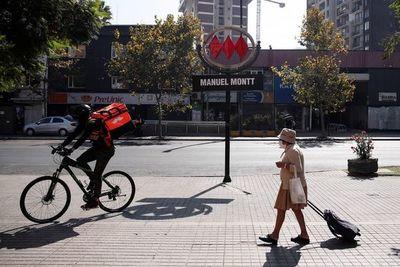 El miedo y la emergencia por una pandemia dejó en suspenso la rabia en Chile