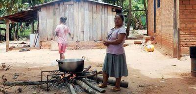 En las comunidades la gran emergencia es el hambre