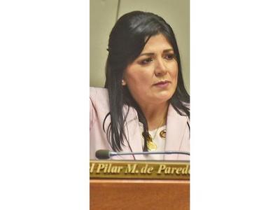 Aprueban el desafuero de  Ortiz y Del Pilar Medina