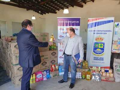 Aduana entrega víveres a la Gobernación de Concepción