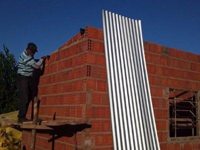 Construyen casa para mujer trabajadora en Yby Yaú