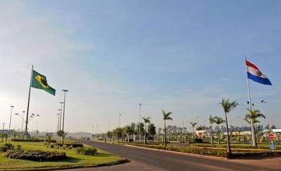 HOY / Gobernador de Amambay  amenaza con echar alambres y abrir la frontera