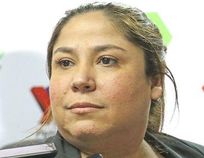 Patricia Samudio dejó Petropar tras escándalo de agua tónica