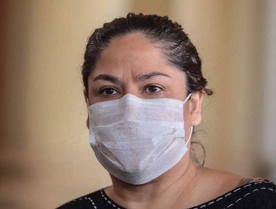 Patricia Samudio renunció anoche al cargo de presidente de Petropar