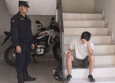 Detienen a motochorro minutos después de asaltar a una trabajadora