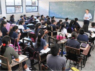 Gremios estudiantiles piden reanudar mesa de trabajo al MEC