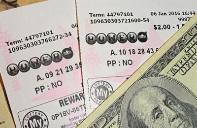 El error que hizo que dos amigas ganaran el premio gordo de la lotería