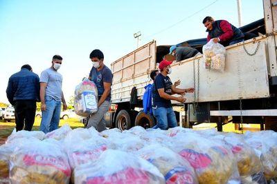 Itaipú: Distribuyen 200.000 kg de víveres en tres semanas