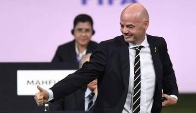HOY / FIFA dará un primer desembolso de 150 millones de dólares