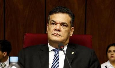 """Por culpa de los nervios nomás, el diputado Acevedo trató de """"puta"""" a la fiscala Uemura"""