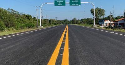 Gobierno inauguró primera ruta asfaltada en Villa Oliva