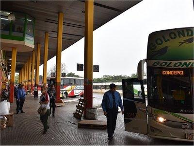 Transporte al interior seguirá suspendido por otra semana