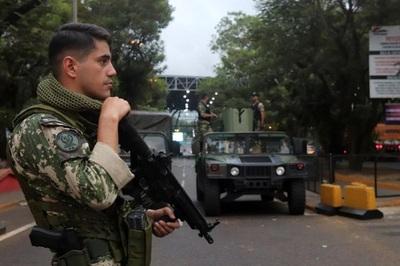 Fronteras seguirán cerradas durante 'cuarentena inteligente'
