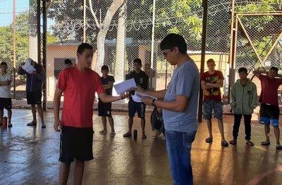 Cartas solidarias llevan esperanza a jóvenes de centros educativos