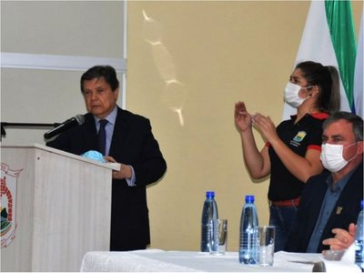 Pese a presión, Acevedo ratificó que las fronteras seguirán cerradas