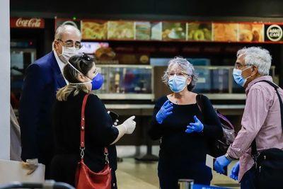 España repatría a 108 ciudadanos y a otros seis europeos varados en Paraguay
