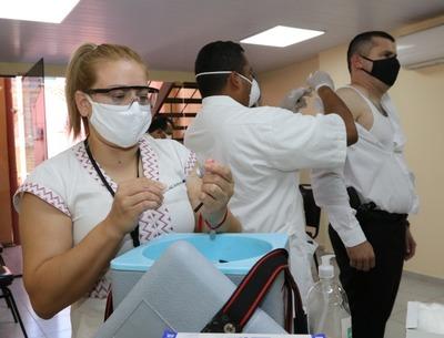 Más de 426.000 dosis contra la influenza ya fueron aplicadas en todo el país incluyendo el Chaco