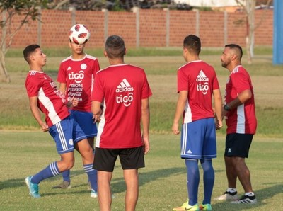 Albirroja Sub 17: Entrenamiento a doble turno en Ypané