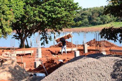 Avanza construcción de la futura costanera de CDE