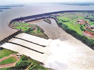 Sindicato de la Itaipú hace millonaria donación contra el Covid-19