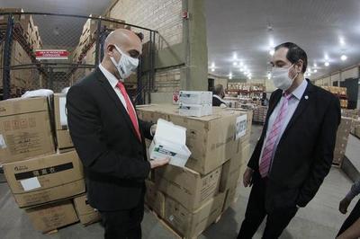 Mazzoleni asegura que el Estado no perderá dinero ante rechazo de insumos médicos
