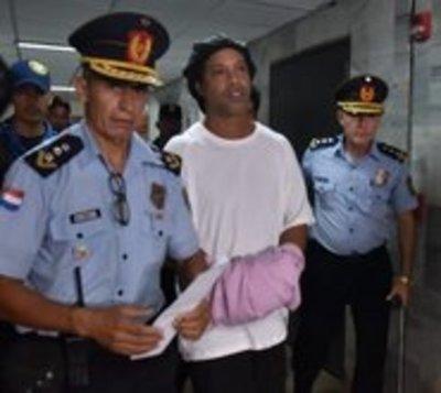 ¿Del jogo bonito al juego ilegal? Nueva acusación contra Ronaldinho