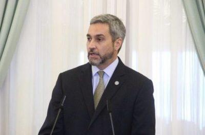 Abdo Benítez dice que no permitirá que la corrupción aceche su Gobierno
